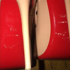 Christian Louboutin So Kate 120  Size 39.5 NUDE
